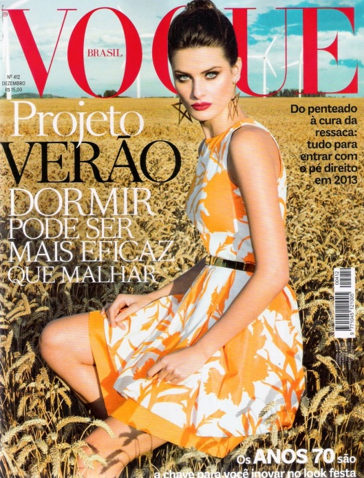 Vogue_Brasil_Dezembro2012_Isabeli_Fontana_ph_Jacque